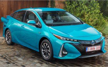 2017 Toyota Prius Plug-in Hybrid ปรับสเปคสำหรับยุโรป