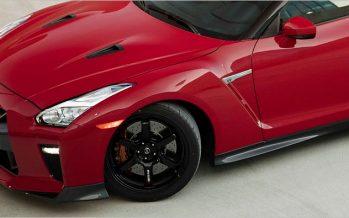 2017 Nissan GT-R Track Edition เปิดราคาที่ 127,990 เหรียญ