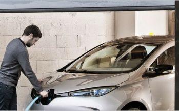 อินเดียตั้งเป้าจำหน่ายแต่รถยนต์พลังงานไฟฟ้าภายในปี 2030